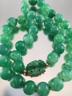 Hey, I found this really awesome Etsy listing at https://www.etsy.com/listing/227716189/ciner-peking-glass-jade-green-bead