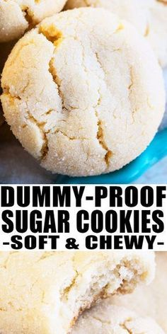EASY SUGAR COOKIES RECIPE- Quick and easy homemade with simple ingredients Soft and chewy No chilling required Holds its shape and no spreading Can be decorated with frosting or glaze From cookies dessert baking sugarcookies recipes sugar Soft Sugar Cookie Recipe, Chewy Sugar Cookies, Chocolate Cookie Recipes, Easy Cookie Recipes, Cookies Et Biscuits, Cookies Soft, Simple Sugar Cookie Recipe, Homeade Sugar Cookies, Vanilla Cookies