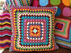 1000 images about coussin nuage crochet on pinterest crochet orange throw pillows and fox pillow. Black Bedroom Furniture Sets. Home Design Ideas