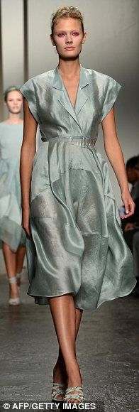 Donna Karan : 2012 NY Fasion Wk  LOVE this color!!!!