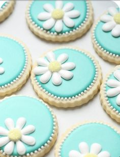 Daisy sugar cookie idea. No link