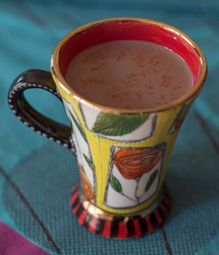 Spicy hot-chocolate is perfect for the cold winter months. This twist on a traditional favorite combines cayenne pepper and cocoa and is delicious. Mexican Hot Chocolate, Cocoa Cinnamon, Vanilla Essence, Powdered Milk, Kitchen Recipes, High Tea, Sugar, Stuffed Peppers, Tableware