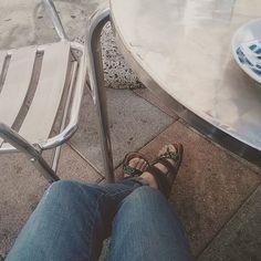 Oggi giornata piena: porto nonna  in giro per commissioni pranzo con il mio fidanzato e vado a farmi tagliare i capelli! E la domanda è: riuscirà mia mamma a farmi l'orlo ai pantaloni prima di venerdì? Sono agitata per il #matrimoniotittiegianni. #fwisfeed #fwas #fwis #foot_love_club #selfeet #whereistand #fromwhereistand #feet #instafeet #kosedikatia #wheremyfeetare #wheremyfeetaretoday #ihavethisthingwithfloors  #tileaddiction #fromwhereonestand #lookdown #happyfeet #travellingfeet…