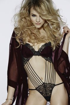 Make it Hot & Sexy! If you want yourself something sexy and naughty, then you better go for this 2018 sexy lingerie collection from La Senza. Black Lace Lingerie, Cute Lingerie, Corset, Ginta Lapina, Sexy Stockings, Lingerie Collection, Sexy Bra, Lingerie Sleepwear, Sexy Women