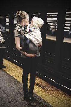 Porteo durante el embarazo / the sling diaries: belle and biet babywearing tradition! #sakurabloom #pregnancy