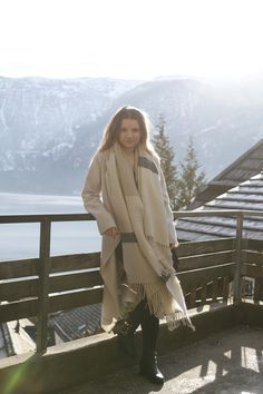 Hallstatt travel post on www.andreamurasan.com  #blog #blogpost #ontheblog #andreamurasan #travel #fashion #outfit Travel Fashion, Duster Coat, Live, Outfit, Blog, Jackets, Outfits, Down Jackets, Blogging