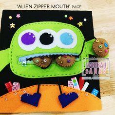 quiet book - alien zipper page My Busy Books, Diy Quiet Books, Felt Quiet Books, Quiet Time Activities, Toddler Activities, Felt Diy, Felt Crafts, Christmas Stall Ideas, Homemade Kids Toys