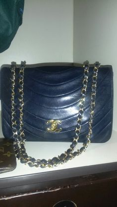 bddd014e2c5 267 Best Vintage Chanel Bags images   Chanel bags, Chanel handbags ...
