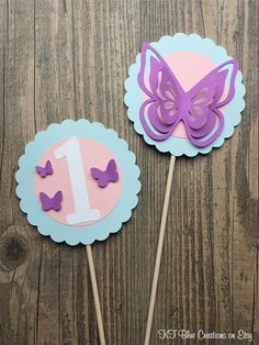 first birthday party ideas boys Butterfly Party Decorations, Butterfly Centerpieces, 1st Birthday Girl Decorations, Butterfly Birthday Party, Girls Party Decorations, 1st Birthday Parties, Wedding Centerpieces, Wedding Bouquets, Wedding Flowers