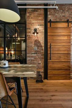50 Easy Urban Industrial Decor ideas To Nail Your Industrial Apartment Estilo Industrial Chic, Modern Industrial Decor, Vintage Industrial Furniture, Industrial Living, Industrial Interiors, Modern Decor, Urban Industrial, Industrial Stairs, Urban Decor