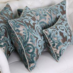 Modren 45 Beflockung Luxus Kissen / Plaid / Elegant / Flower / Home / Sofa / Vo . Soft Furnishings, Home Room Design, Sofa Pillows, Elegant Living Room Decor, Moroccan Living Room, Throw Pillows, Pillows, Cushion Cover, Decorative Pillows