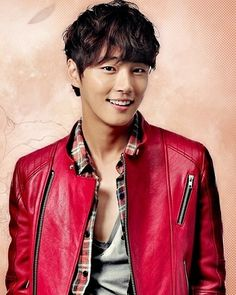 """Happy 31st birthday to the actor and t.v. personality Yoon Shi-yoon (born: Yoon Dong-gu).  * He is best known for his leading roles in """"King of Baking, Kim Takgu"""" (2010) and """"Flower Boys Next Door"""" (2013). In 2016, he became a member of the variety show """"2 Days & 1 Night."""" In 2017, he is lead character of the drama """"The Big Hit"""", which also stars and is co-directed by Cha Tae Hyun."""