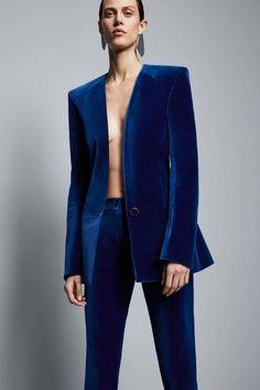 Mugler pre-fall 2017 - Vogue Australia. Velvet tuxedo