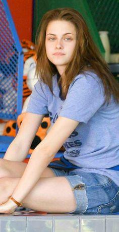 Kristen Stewart as Em in Adventureland