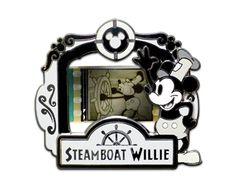Walt Disney World 2012  character Magnet VHTF RARE