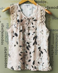 Blusa crepe print lace