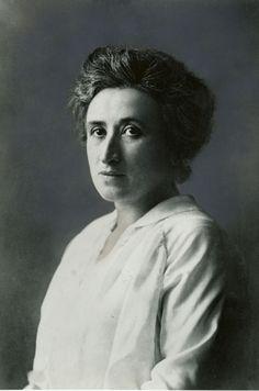 Rosa Luxemburg, una mujer de armas tomar - Legado Digital