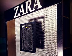 "Check out new work on my @Behance portfolio: ""Zara window display!"" http://be.net/gallery/33960202/Zara-window-display"