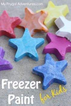 Freezer Pop Painting!  So fun and so easy- perfect alternative to sidewalk chalk!