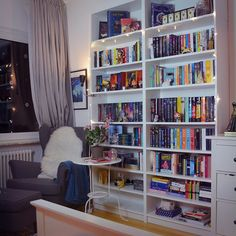Bookshelves - in LOVE with this room! <3