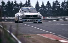 Grosser Preis der Tourenwagen 1978 – Mercedes tuner AMG started with a 450 SLC driven by Hans Heyer and Clemens Schickentanz.