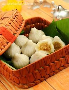 Modak, Steamed Modak, Ukadiche Modak For Ganesh Chaturthi recipe | How to make Modak | by Tarla Dalal | Tarladalal.com | #4950