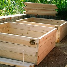 The Process, from Prep to Harvest < How to Start a Raised-Bed Veggie Garden - Sunset.com