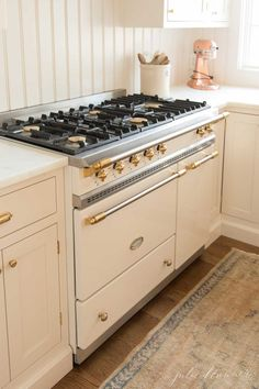 All the details about purchasing a Lacanche range including costs, installation and benefits. Learn more about the french range everyone is talking about! Bungalow Kitchen, Cottage Kitchens, Home Kitchens, Country Kitchens, Kitchen Oven, New Kitchen, Kitchen Appliances, Family Kitchen, Family Room