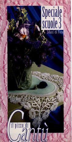 Bobbin lace in italian Bilros/birros em italiano Encaje de bolillos Tombolo Bobbin Lace Patterns, Lacemaking, Needle Lace, Album, Make It Simple, Tatting, Crochet Necklace, Projects To Try, Diy Crafts