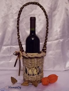 paper basket for wine