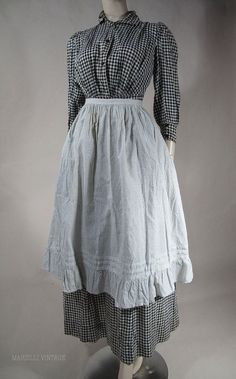 """Gingham calico """"prarie dress"""" and apron, of the period. 1890s Fashion, Victorian Fashion, Vintage Fashion, Victorian Era Dresses, Antique Clothing, Historical Clothing, Women's Clothing, Day Dresses, Casual Dresses"""