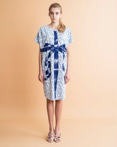Image of Ribbon Rainy Print Dress