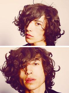 should let my husbands hair grow this long!!! love the curls!