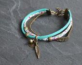 RESERVE Delphine bracelet triple chaîne billes, suédine et liberty : Bracelet par by-nat-creations