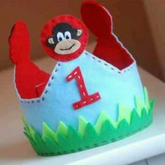 Felt Monkey Crown nathans fifth birthday crown! I better get to it
