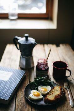 Hep aynı tip kahvaltı yahu sıkıldım artık diyenlere işte dünya mutfaklarından kahvaltı örnekleri...
