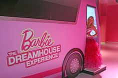 Barbie Dreamhouse Experience At Mall Of America Her house was amazing. Barbie Room, Barbie Life, Barbie Dream House, Barbie World, Barbie Birthday, Barbie Party, Kids Salon, Pink Vanity, Cinderella Disney