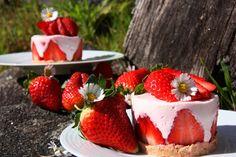 Tentações Sobre a Mesa: Mini Cheesecake de Morangos