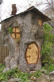 The Hobbit House tree sculpture on Margaret Street, as carved by artist Walter v. The Hobbit House Fairy Tree Houses, Fairy Garden Houses, Garden Art, Garden Design, Fairy Gardens, Fairies Garden, House Trees, Tree Hut, Garden Paths