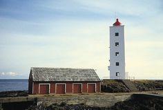 Lighthouses of Norway: Vadsø Area Beacon Of Light, Light In The Dark, Land Of Midnight Sun, Lighthouse Pictures, Dark Places, Norway, Light House, Lights, Windmills