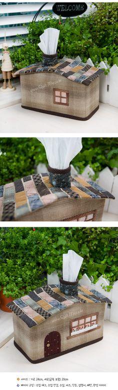 house tissue box?! Shut the front door! boite maison pour les mouchoirs
