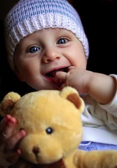 HD Cute Baby Wallpapers,Cute Baby Pictures,Cute Babies Pics,Cute Kids Wallpapers,Cute Baby Girls Wallpapers in HD High Quality Resolutions - Page 8 Funny Baby Faces, Funny Babies, Cute Babies, Cute Baby Girl Photos, Cute Baby Pictures, Funny Pictures, Cute Baby Smile, Happy Baby, Sweet Baby Wallpaper