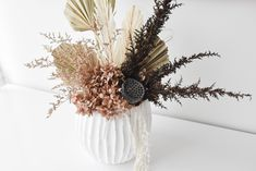 VESSEL COMBOS ... A new collection of dried flower + vessel combos have just hit the RAW showroom floor. Be quick to snap up your favourite. Sunshine Coast, Dried Flowers, Your Favorite, Flower Arrangements, Ceramics, Grasses, Showroom, Floral, Decor Ideas