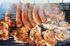 Pizdulice la gratar Barbecue, Shrimp, Sausage, Food And Drink, Pork, Meat, Kale Stir Fry, Barbecue Pit, Bbq Grill