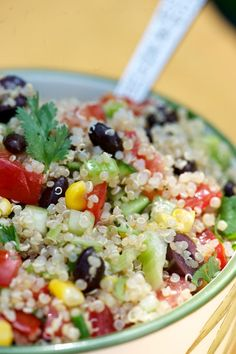 California Fiesta Quinoa Salad #vegetarian #glutenfree  | At This Mama Cooks! On a Diet! thismamacooks.com