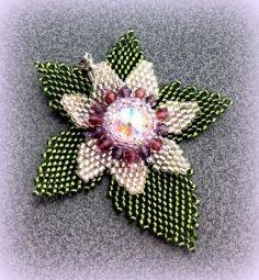 Pattern for peyote beaded flower on a leaf pendant - Artisan jewelry tutorial / scheme
