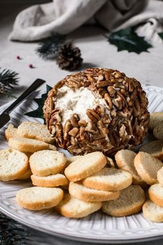 Wood smoked flavor mixed into a creamy softened cheese spread makes the perfect party appetizer. This simple to prepare Smoked Cheese Ball made with gouda, cream cheese, and covered in crushed pecans is a delicious spread. Easy Appetizer Recipes, Appetizers For Party, My Favorite Food, Favorite Recipes, Smoked Gouda Cheese, Bagel Chips, Recipe Maker, Cheese Ball Recipes, Soften Cream Cheese