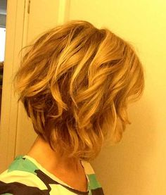 Wavy and Curly Hairstyles for Women
