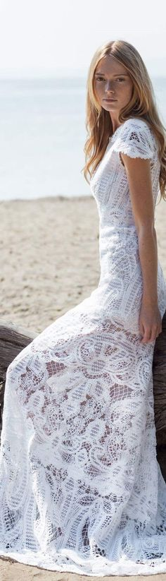 Christos Costarellos bridal 2016 White Fashion, Boho Fashion, Bridal Fashion, Fashion Women, Bridal Gowns, Wedding Gowns, Glamorous Evening Gowns, Gowns Of Elegance, Embroidery Fashion