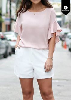 Girls Fashion Clothes, Fashion Outfits, Clothes For Women, Fancy Tops, Fashion Figures, Designs For Dresses, Casual Tops, Blouse Designs, Ideias Fashion